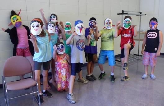 Sur un voyage culturel fantastique - l'Opéra chinois masque